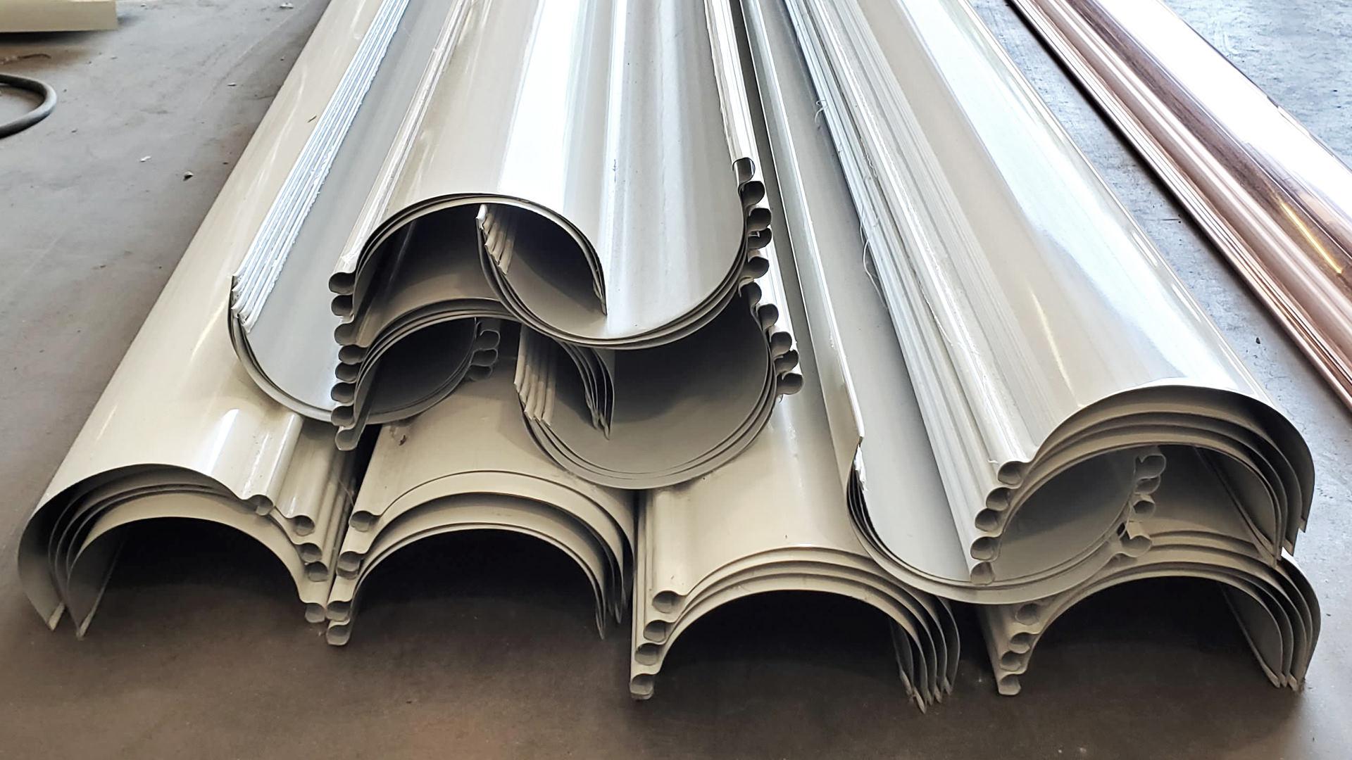 "6"" high gloss white aluminum reverse bead half round gutters"