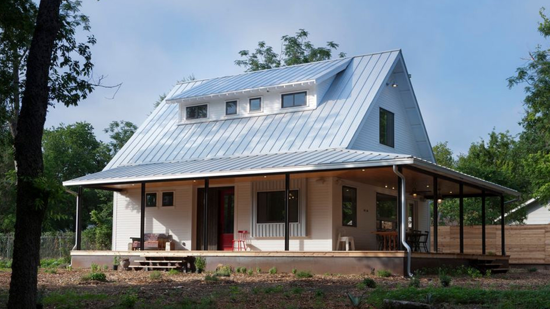 Galvalume plus standing seam metal roof
